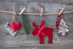 5 Cheap & Fun Holiday Crafts to Do With Kids This Season